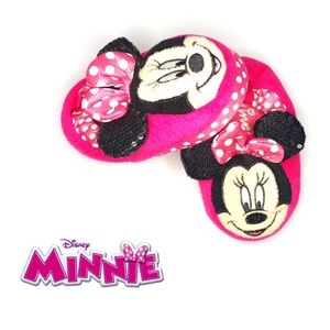 Minni Girls Adorable Pink Slippers Size 5/6